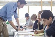 美国教授眼中的留学生是什么样的?英语水平差、做学术太功利